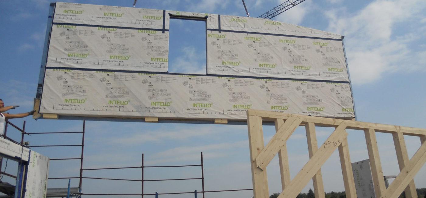 casa-telaio-casorezzo_ferraro-case-in-legno_19.21 montaggio casa